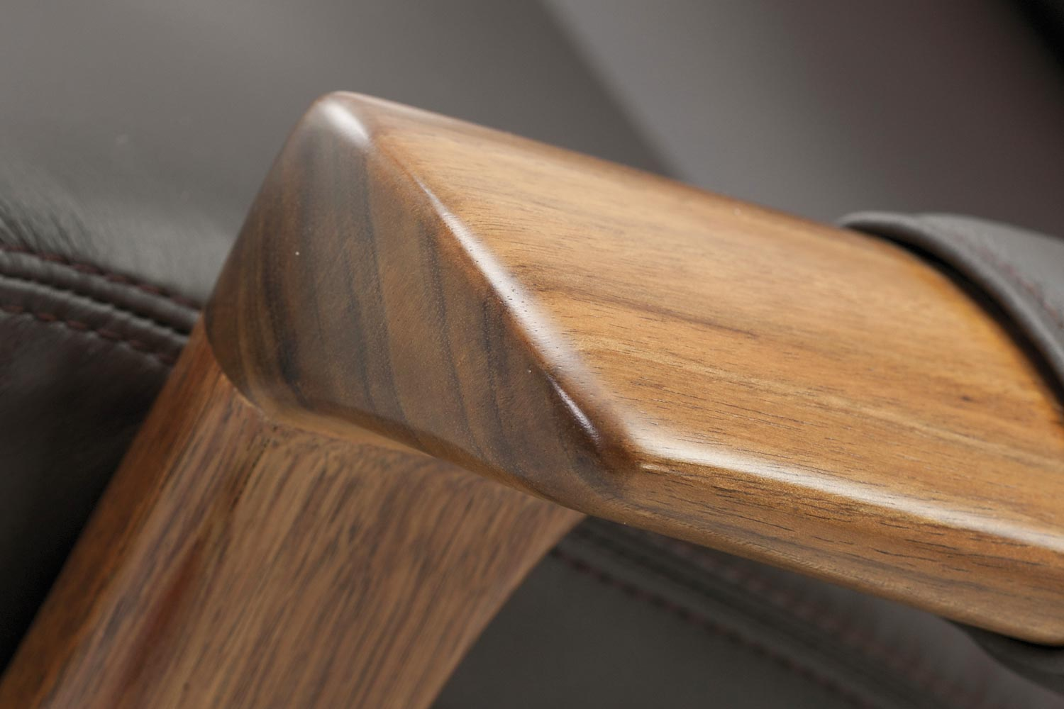 Tasmanian Blackwood Tessa Furniture