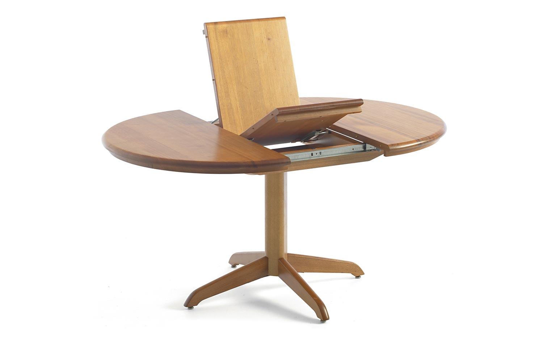 WELLINGTON ROUND EXT DINING TABLE Tessa Furniture : WellingtonRET15 from www.tessafurniture.com size 1500 x 1000 jpeg 46kB